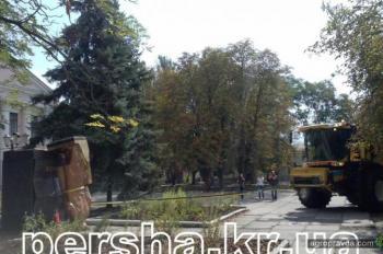 «Бандерівський комбайн» поборол Ленина