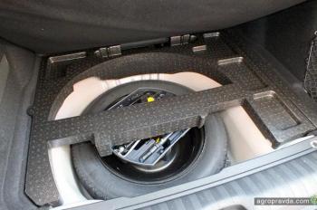 Тест-драйв городского кроссовера Peugeot 2008