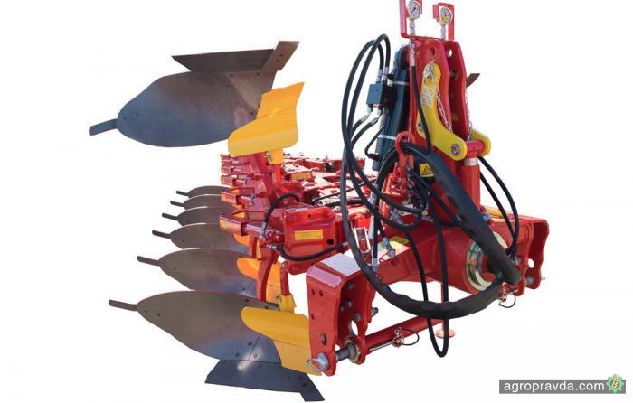 Poettinger представит новый 6-корпусный плуг