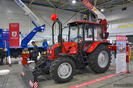 На выставке в Киеве представили новинки тракторов