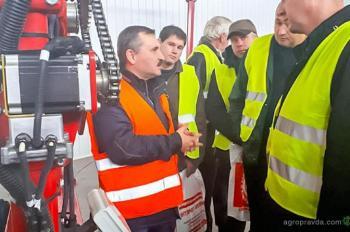 Завод «Эльворти» открыл свои двери для украинских аграриев