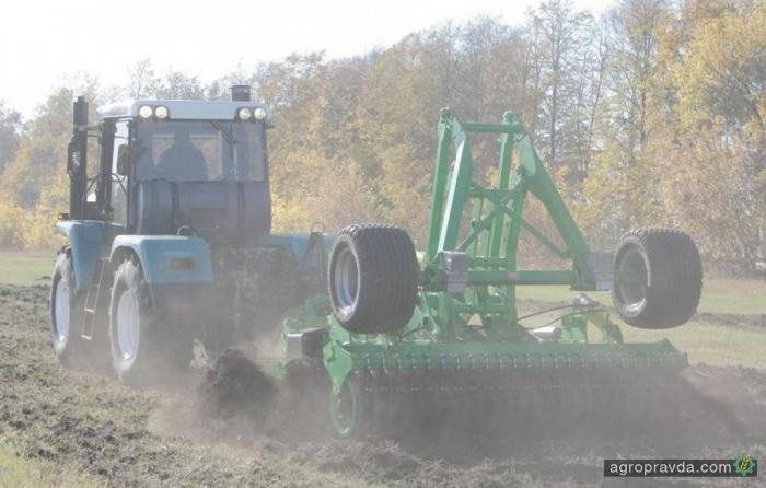 ХТЗ показал возможности 240-х тракторов. Видео