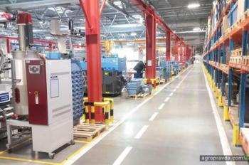 Украинские аграрии посетили завод WIX FILTERS в Польше