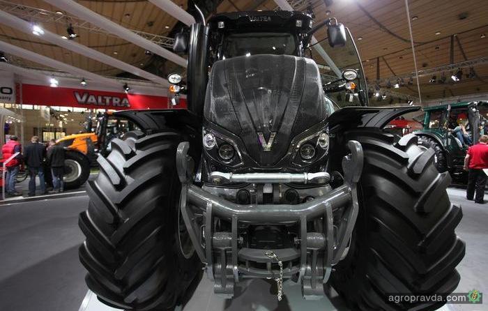 Атака черных тракторов на Agritechnica 2013