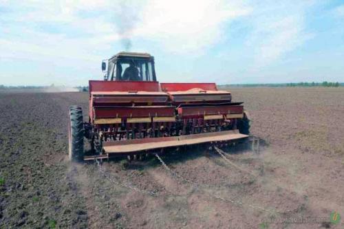 Аграрии заготовили 622 тыс. тонн минудобрений для осенних полевых работ