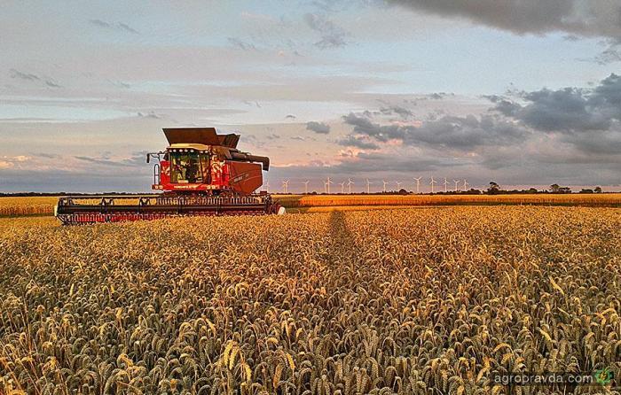 Versatile в Україні покаже в роботі потужні агромашини