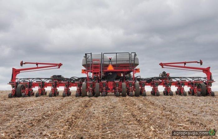 Засеян первый миллион гектаров кукурузы