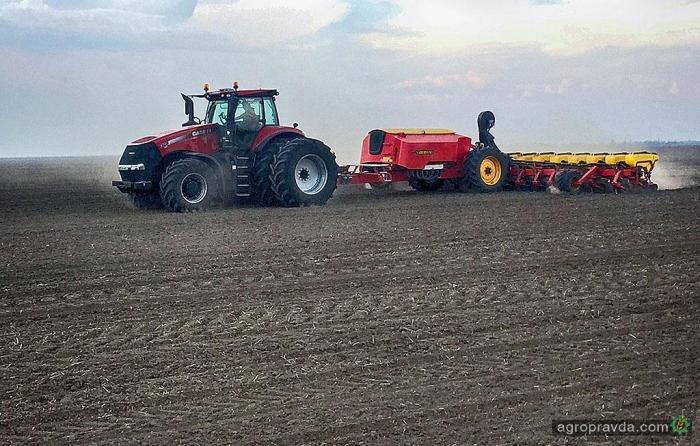 Мировой рекорд по посеву кукурузы. Видео