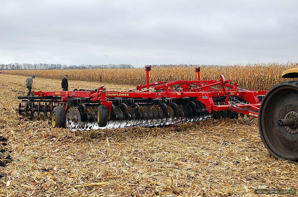Продажа новых и б/у тракторов, купить трактор в России.