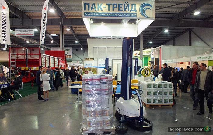 На выставке в Киеве представили роботов-упаковщиков. Видео