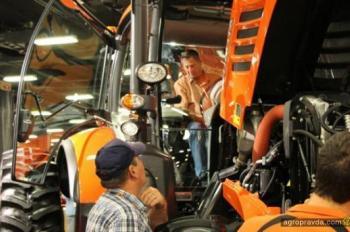Kubota представит первый трактор среднего класса M7-Series