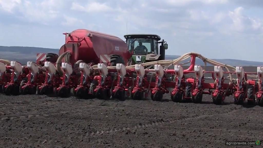 Украинские аграрии начали сев яровых зерновых