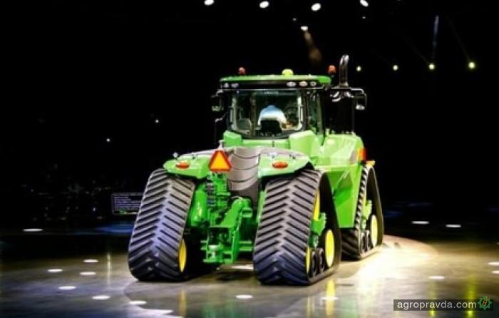 John Deere покажет «топовый» гусеничный трактор