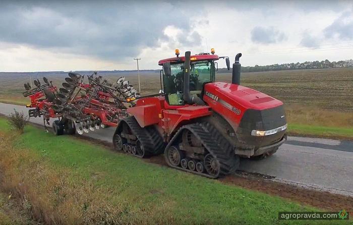 Quadtrac 600 и Ecolo-Tiger 875 на полях Украины. Видео