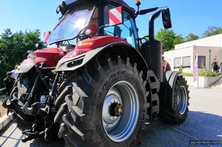 В Европе представили революционный трактор Case IH Magnum