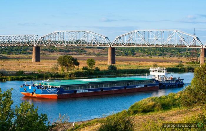 Нибулон уже перевез миллион тонн зерна по Южному Бугу