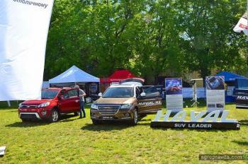 На АГРО-2018 представили более 100 моделей авто