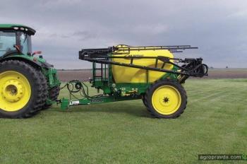 Сочетание желтого и зеленого в сельхозтехнике может оказаться под запретом