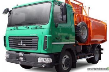 Завод Авто-Холдинг запустил в производство еще одну модель коммунального автомобиля