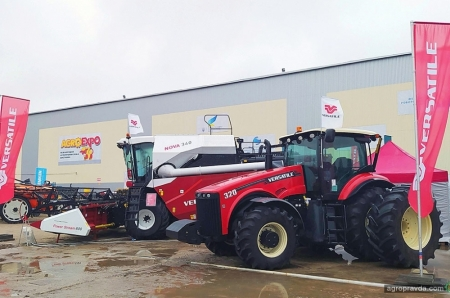 Техника VERSATILE на AgroExpo 2020 — звездный час для комбайна NOVA