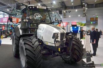 Как курс гривни отразится на стоимости сельхозтехники