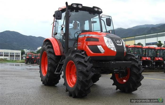 Kioti представил новую серию универсальных тракторов
