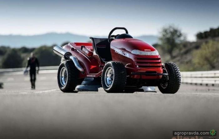 Honda готовится поставить новый рекорд скорости на газонокосилке