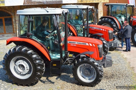 В Украине впервые представили тракторы Massey Ferguson «от 50 л.с.»