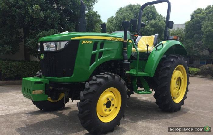 John Deere будет продавать в Украине китайские трактора