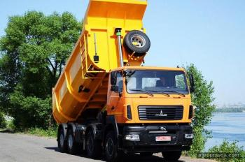 На украинский рынок выходит уникальный 30-тонный самосвал