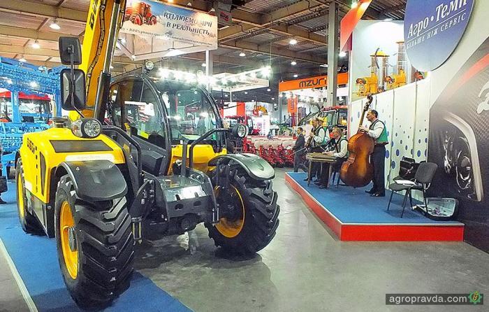 В Украине появился новый дилер сельхозпогрузчиков Dieci