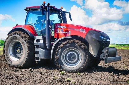 В Украине представили трактор Case IH Magnum нового поколения