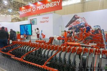 «ЛОЗОВСКИЕ МАШИНЫ» представили новинки на «Зерновых технологиях 2018»