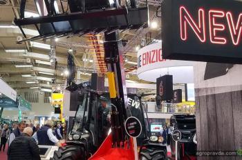 Manitou выводит на рынок компактный агропогрузчик и новую серию NewAg