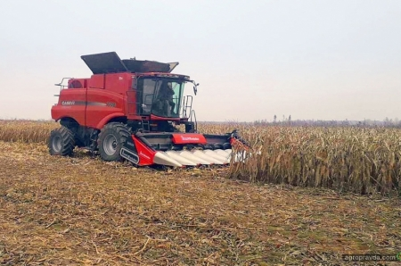 Комбайн Case IH 7140 испытали на уборке кукурузы