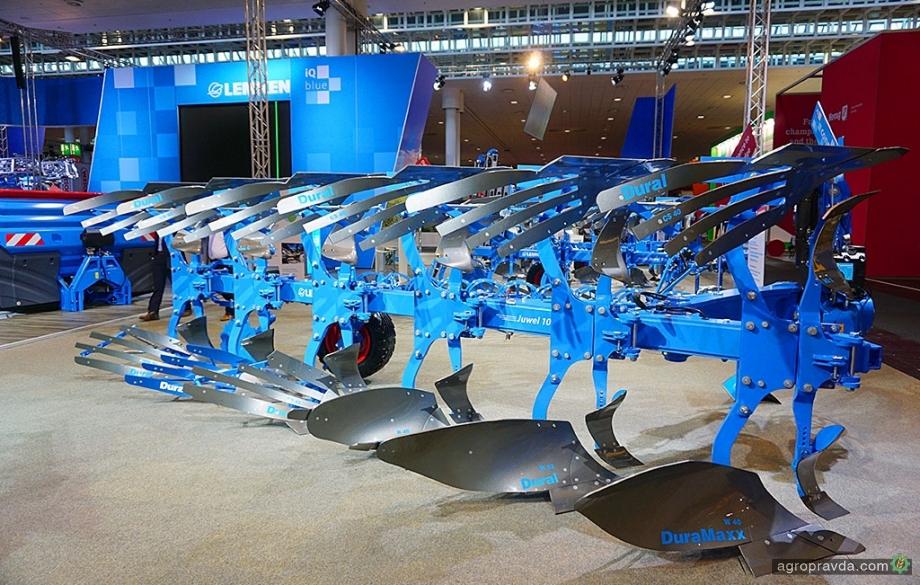 Lemken презентовал новую модель навесного полнооборотного плуга