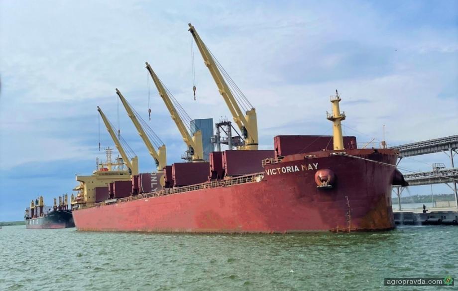 Порт «Ника-Тера» установил рекорд скорости погрузки зерновых
