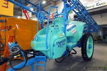 АСА «Астра» на выставке представила передовую технику
