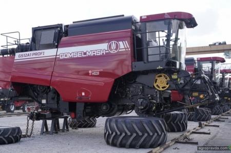 «Гомсельмаш» начал выпуск улучшенного комбайна