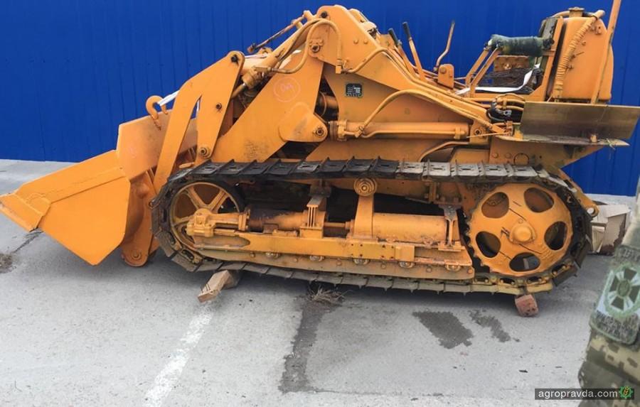 В Украине нашли трактор из базы Интерпола