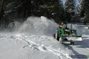 Как зимуют тракторы. Фото