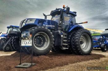 Трактор-беспилотник New Holland получил медаль за инновации
