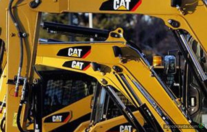 Caterpillar фиксирует падение прибыли на 44%