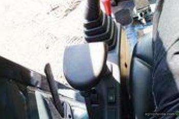 Тест-драйв миниэкскаватора Hyundai 27z-9