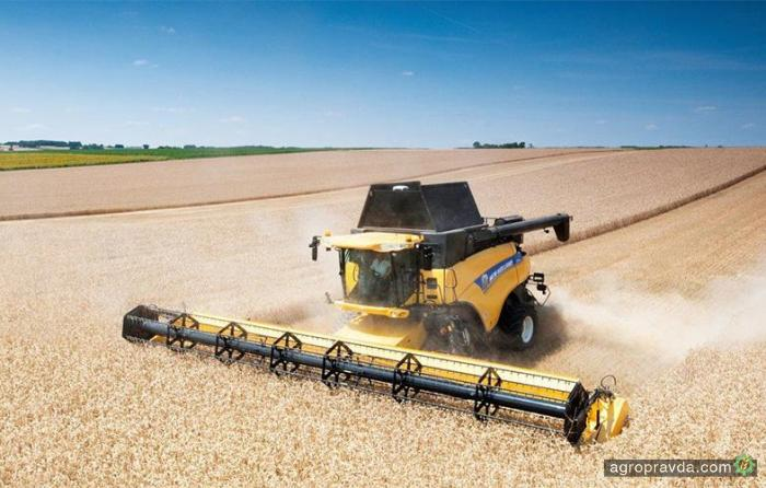 New Holland выпустил новую гигантскую жатку