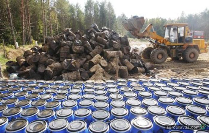 В Киевской области накопились сотни тонн непригодных пестицидов