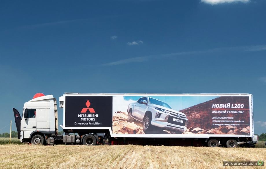В Украине появился уникальный сервис аренды инфомобилей TrucksFormers