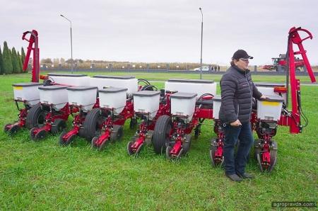 Техника полигона аграрных инноваций Digital Field: сеялка MF 9108 VE