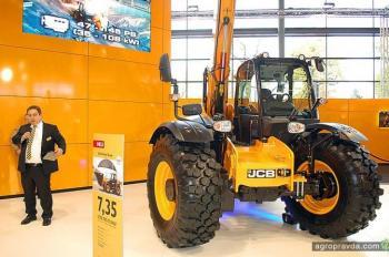 JCB представил новинки на выставке Agritechnica-2015