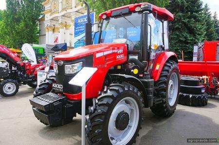 Какие интересные тракторы представили в Киеве к сезону